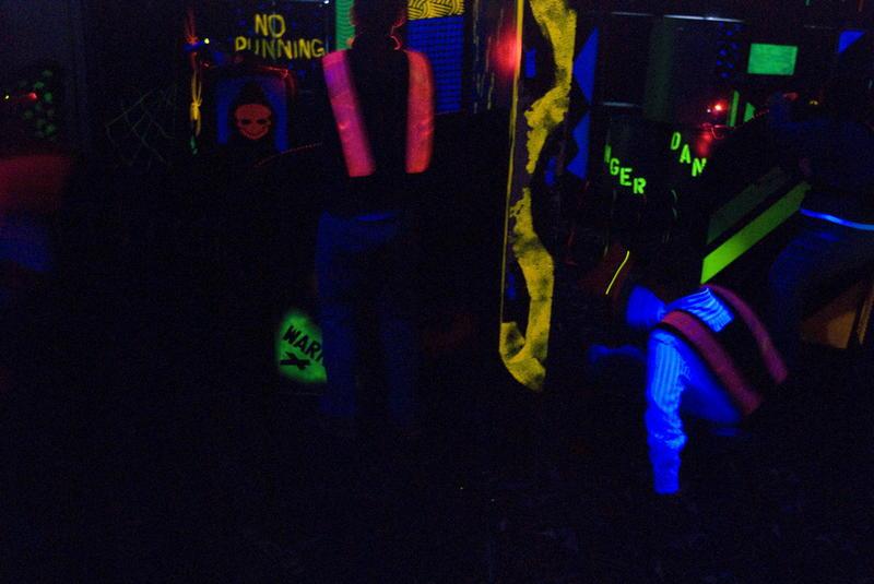 Wnętrze Zony 71 - areny do gry laser tag